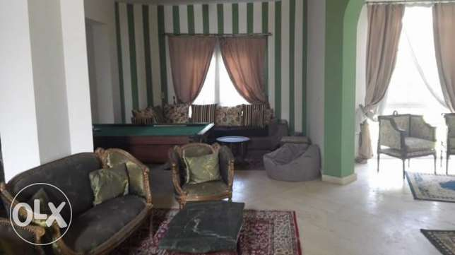 furniture villa in Biverlly Hills الشيخ زايد -  4