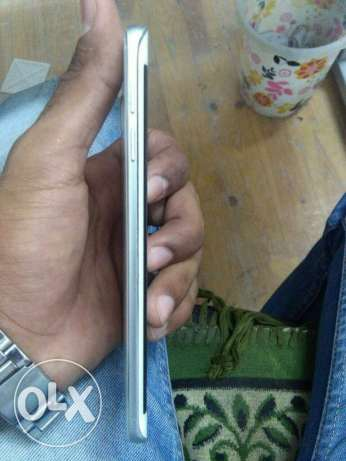 S6 edge 32G white with box in good condition مدينة نصر -  4