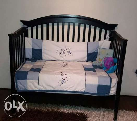Toddler/baby wooden bed