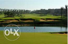 villa 1500m for sale at katameya dunes, first row on golf and lake