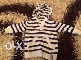 H&m sweater size 6-9 months