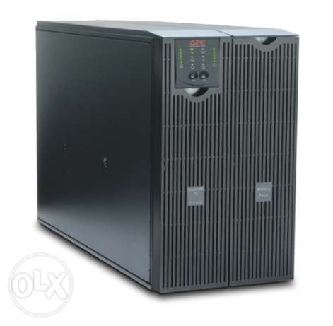 APC Smart-UPS RT 8000VA 230V At AUC Greek campus 11 monthes use