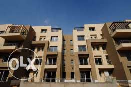 Apartment + Penthouse for Rent in Village Gate - التجمع
