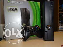 Xbox 360 250 gb cd online اكس بوكس حاله ممتازه