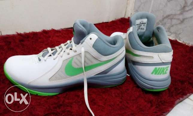 For sale original New Nike shoes Import from Germany Size 42