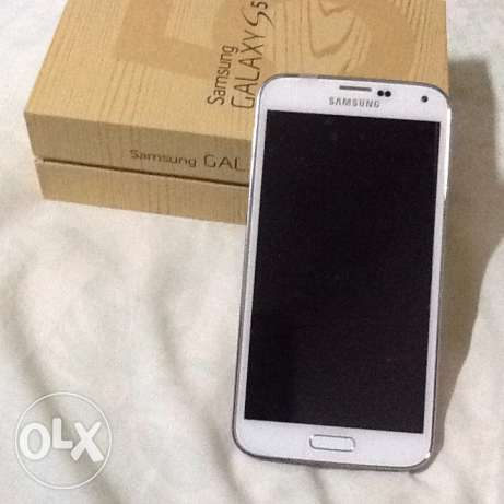 Samsung Galaxy s5 new never used 16g