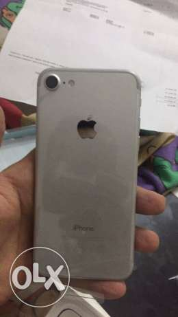 Iphone 7 silver (32 giga) الهرم -  2