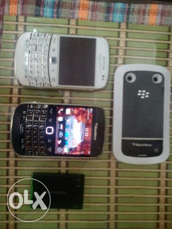 2 blackberry 9900 السادات -  1