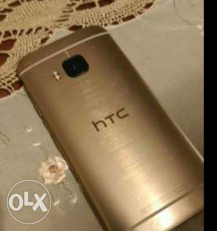 HTC One M9 silver in gold 32GB العصافرة -  2