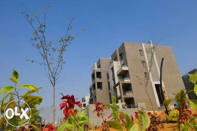 Apartment For sale in VGK Compound palm hills New cairo