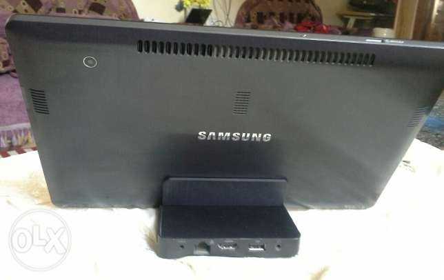 Tablet laptop Samsung slate XE700T1A06US core I5 in excellent conditio عين شمس -  3