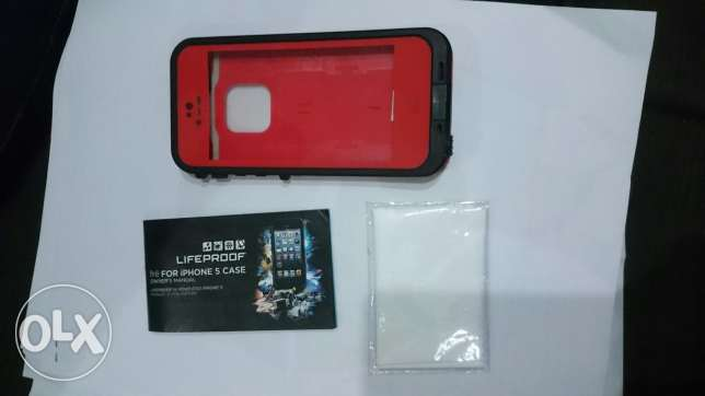 iPhone 5/5s LIFEPROOF Cover. حلوان -  1