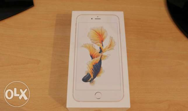 Iphone 6s plus 64 gold new(sealed)جديد متبرشم .اي فون ٦ اس بلس ٦٤ بنها -  1