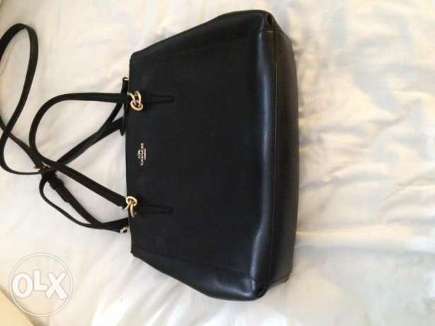 Brand new coach bag from USA الشيخ زايد -  2