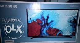 SAMSUNG Full HD LED TV - 40 inches 5 series
