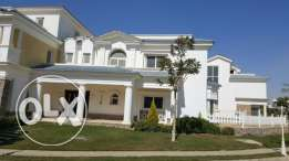 Twin house for sale in Mountain view 2 prime location 336 sqm