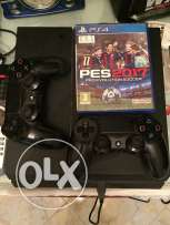 playstation 4 with 2 control with pes 2017