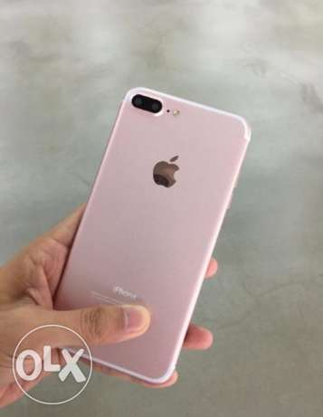 Apple iphone 7 plus 32G with warranty