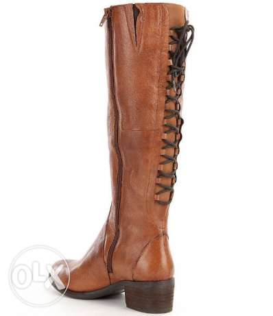 A brand new black lace up boot Genuine Leather from the US with box مصر الجديدة -  1