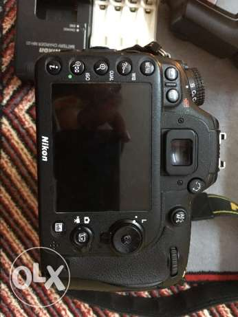 Nikon D7100 DSLR Camera with 18-105mm Lens with flash