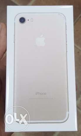 للبيع iphone 7 128g gold جديد متبرشم