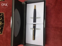 Parker original pen made in France , new in box & cartoon