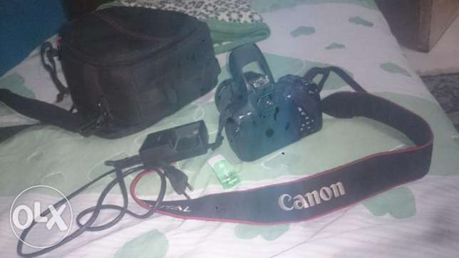 Canon 700D used