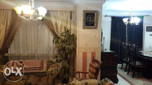 Apartment for rent or sale 190 M First floor Nasr City.