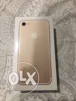 Iphone 7 still in box, not opened gold 128 gb