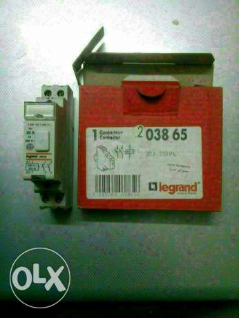 100 Contactor silent legrand 20 A 220V 4 kw 2points