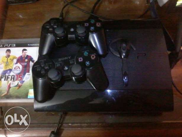 Playstation 3 super slim 500gb +1Controller +18 games