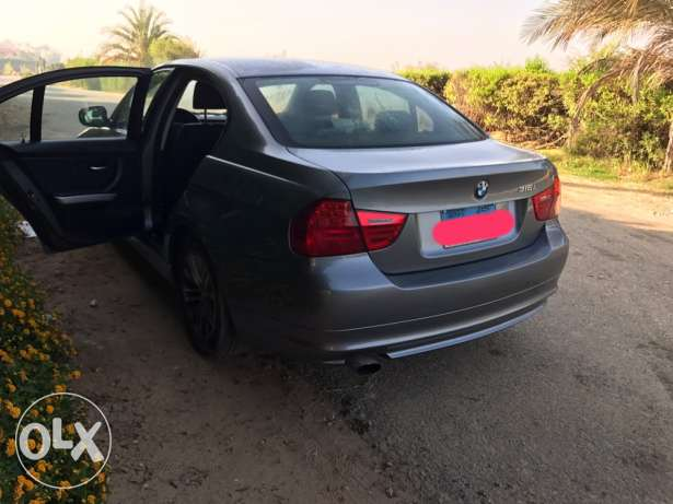 BMW 316i Exclusive 2011 (Highline)
