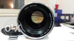 Lens 100 macro f2 ziess with box for canon