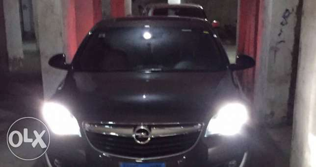 Opel insignia 2016 ventom gray color 23000 kilo top line