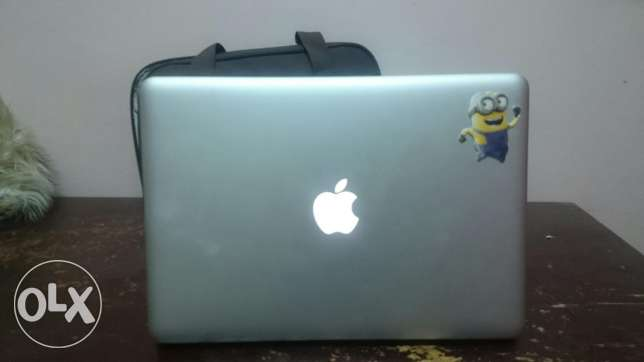MacBook Pro 13 inch like a new, core i5 & 500 G & 4 G Ram مدينة نصر -  3