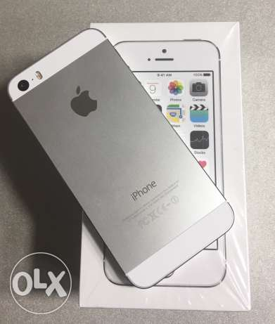 iphone 5s 16GB silver مدينة نصر -  2
