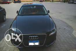Audi A4 / Model 2009 / Highline / Gray x Black / 1.8 T