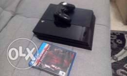 PS4 500GB with one cotroller + one game Metal Gear Phantom Pain