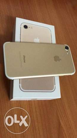 iPhone 7 gold 32g As new