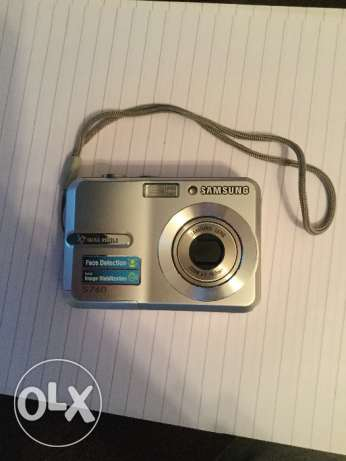 Samsung silver digital camera S760 وسط القاهرة -  1