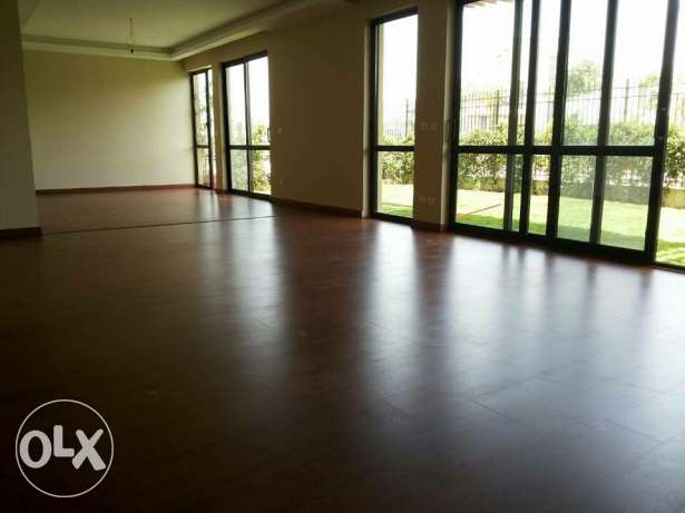 For rent doplex in westown sodic 235 mr and garden 80mr