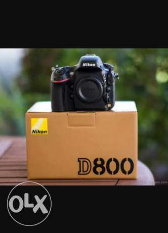 Nikon d800 like new with all acc.