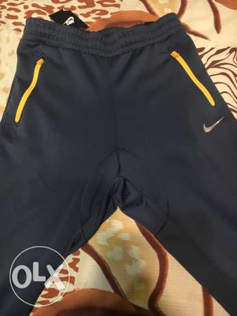 650Nike sweatpants Original (new with tag)