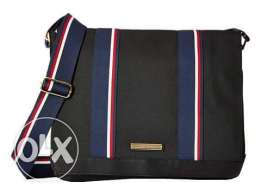 Tommy hilfiger crossbody bag