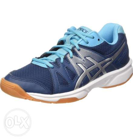 Asics up court sizes 38,39,39.5