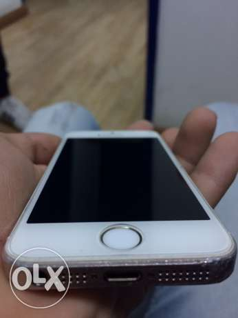 iphone 5s white /gold 16 g قليوب -  2