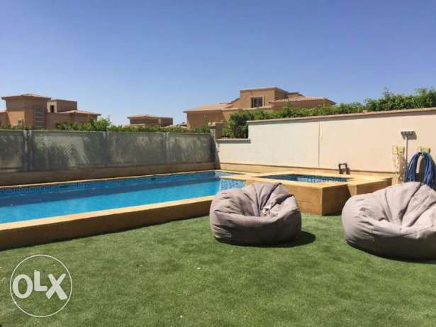 Luxurious Villa for sale 400 m in Meadows park in Sheikh zayed