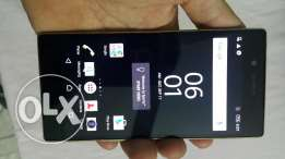 Sony xperia Z5 Dual sim gold like new سونى زد 5 بشريحتين