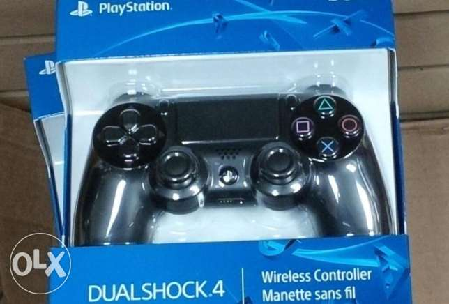 PS4 dual shock controller - New