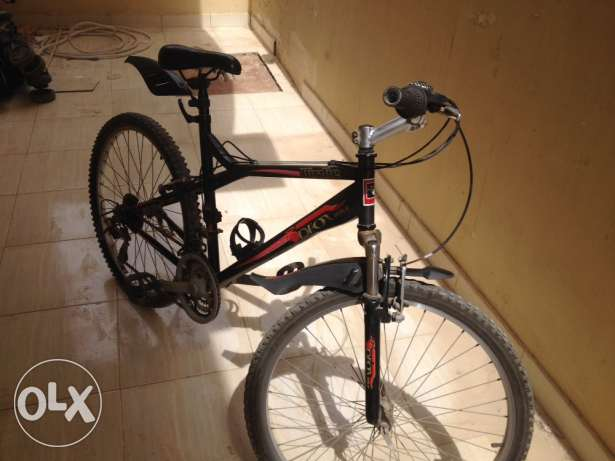 A bicycle for sale, barely used, in a very good condition, recently me